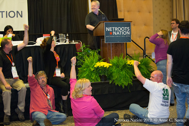 Blogging Netroots >> Netroots Nation, PHOTO-BLOG Part 2 – Time to play! | Eclectablog