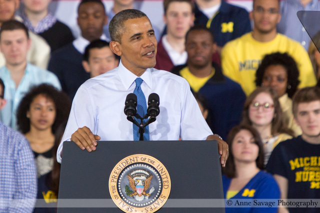 (PHOTOS) President Obama brings #minimumwage populism and campaign-style energy to Ann Arbor
