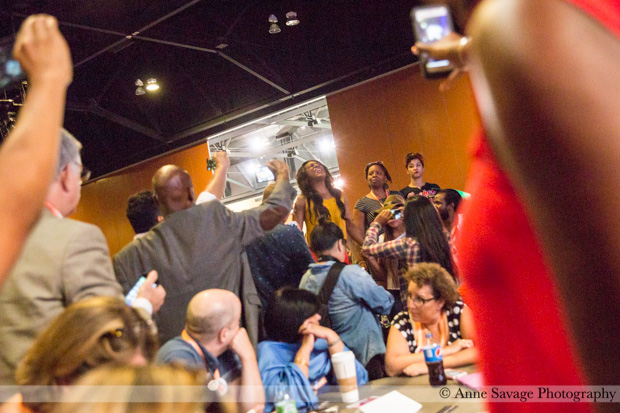 Blogging Netroots >> [PHOTOS] #BlackLivesMatter protest at Netroots Nation through the eyes of a photographer ...