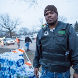 Less than a month after tests show elevated lead levels in Flint, state stops distributing bottled water
