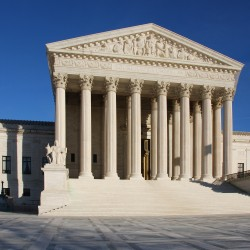 U.S. Supreme Court challenge to Texas abortion restrictions could strengthen Roe v. Wade