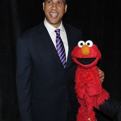 https://commons.wikimedia.org/wiki/File:Cory_Booker_and_Elmo_(8223729549).jpg