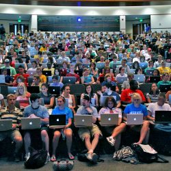A crowded class at the University of Missouri School of Journalism.